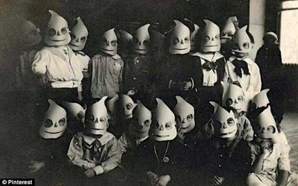Disfraz-retro-Halloween-20-640x400